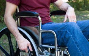 паралич при синдроме броуна секара
