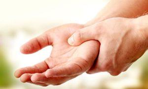 Появление слабости в мышцах руки