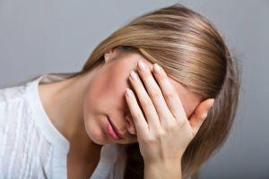 болезненные сокращения глаз