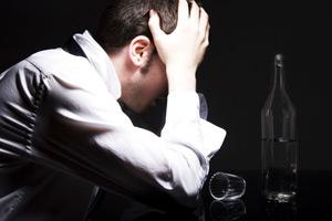 алкоголик и провал в памяти