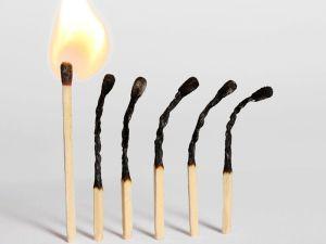 спички горят