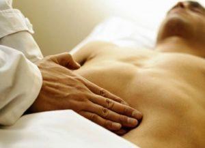 пальпация живота и груди