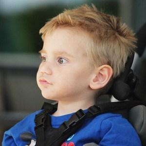 мальчик с синдромом Лея
