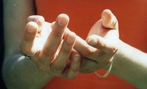 нет чувствительности рук