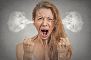Различия между неврозами и психозами