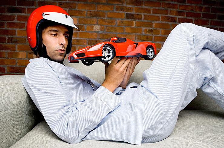 Мужчина с машинкой