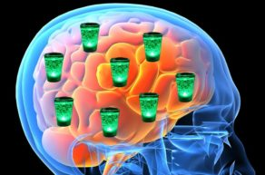 Алкоголь повышает риск инсульта